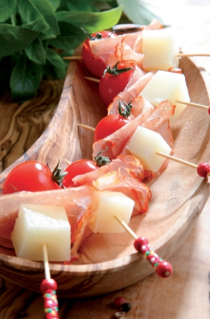 Manchego, Lomo and cherry tomato skewers